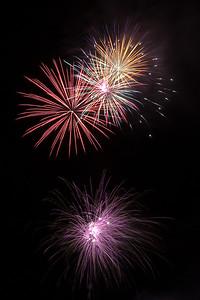 New Year Fireworks Mindal Beach 20110101 GS7_7866