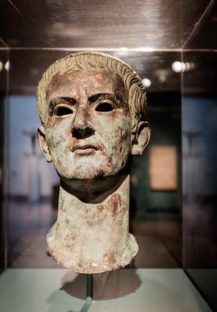 Caligula DSCF6882-68821