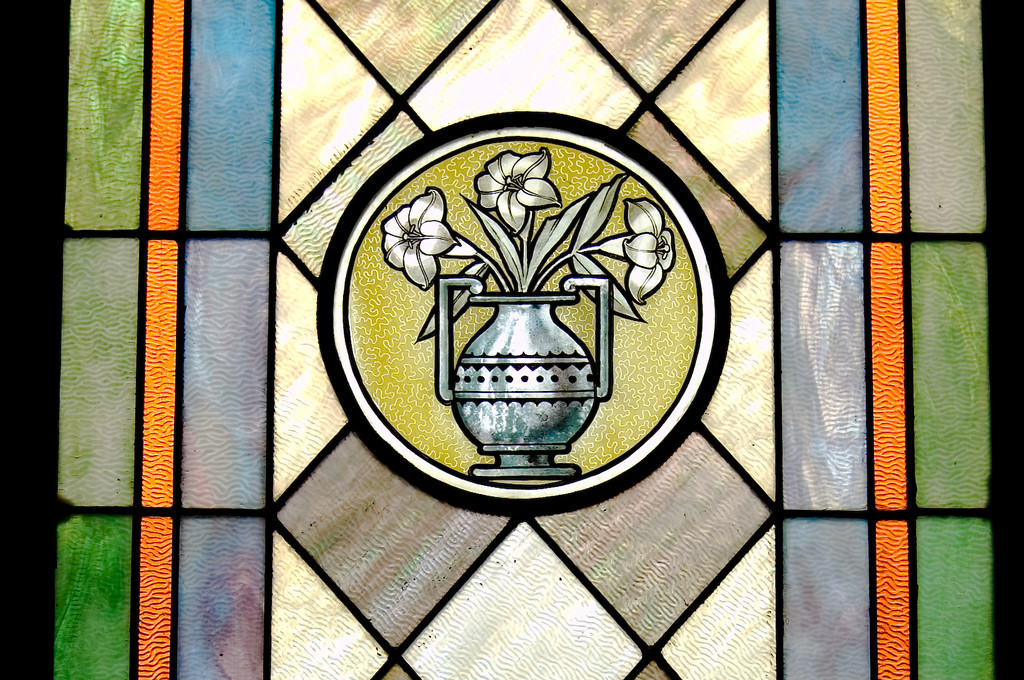 Stained Jewelled Glass in Chappell Hill (3 of 12)