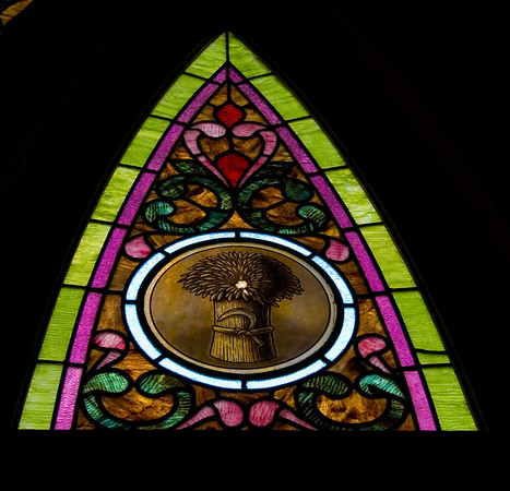 Stained Jewelled Glass in Chappell Hill (10 of 12)