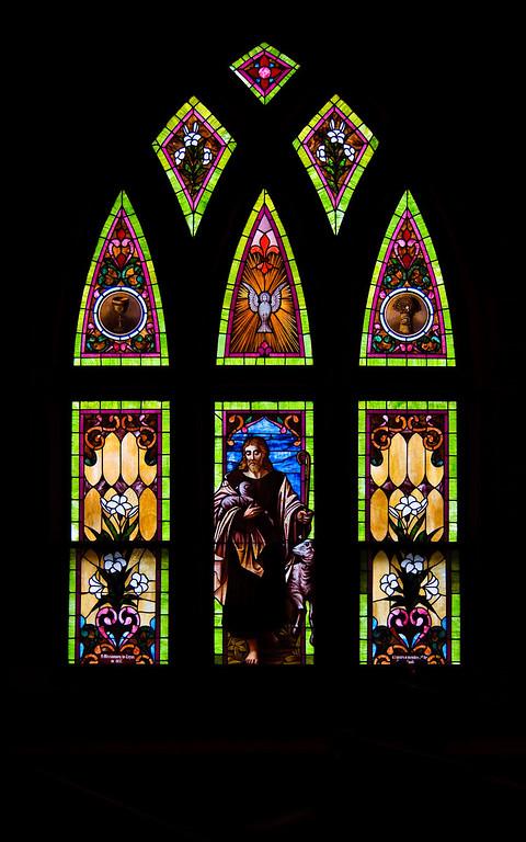 Jeweled Glass window-4960