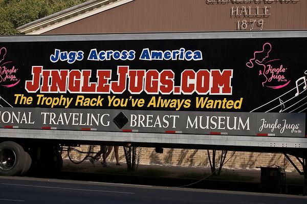 jingle juggs-7723