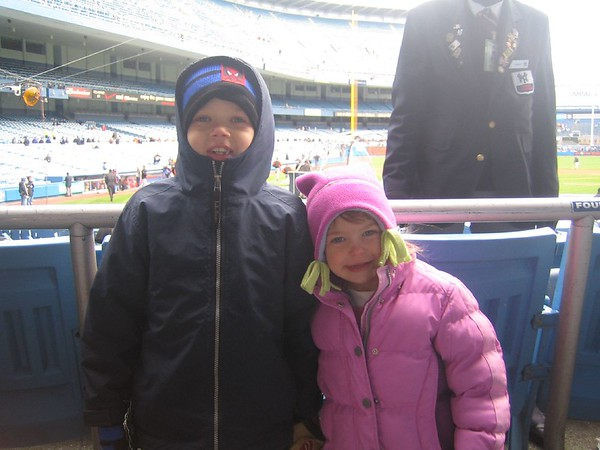 Jack and Julianna at Yankee Game 06