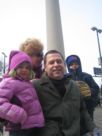 Jack Julianna and Daddy at Yankee Game 01