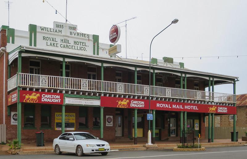Royal Mail Hotel - Lake Cargelligo, New South Wales