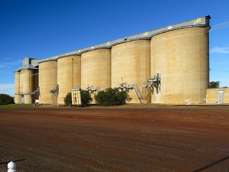 Silos - Mirrool, New South Wales<br /> Home of the 'Silo Kick'