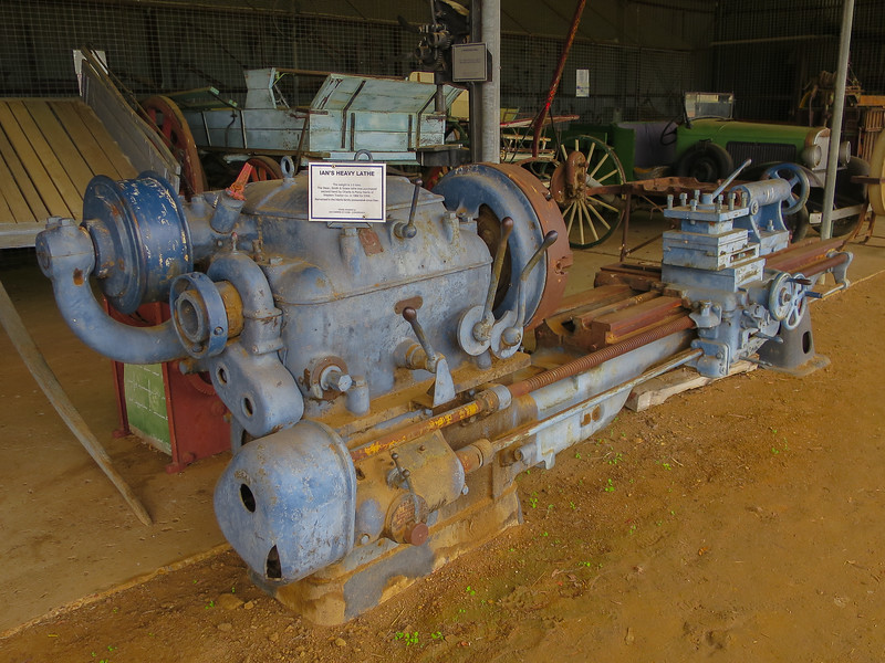 Heavy Lathe - Ilfracombe, Queensland<br /> From Dean, Smith & Grace, this machine weighs 3.3 tons