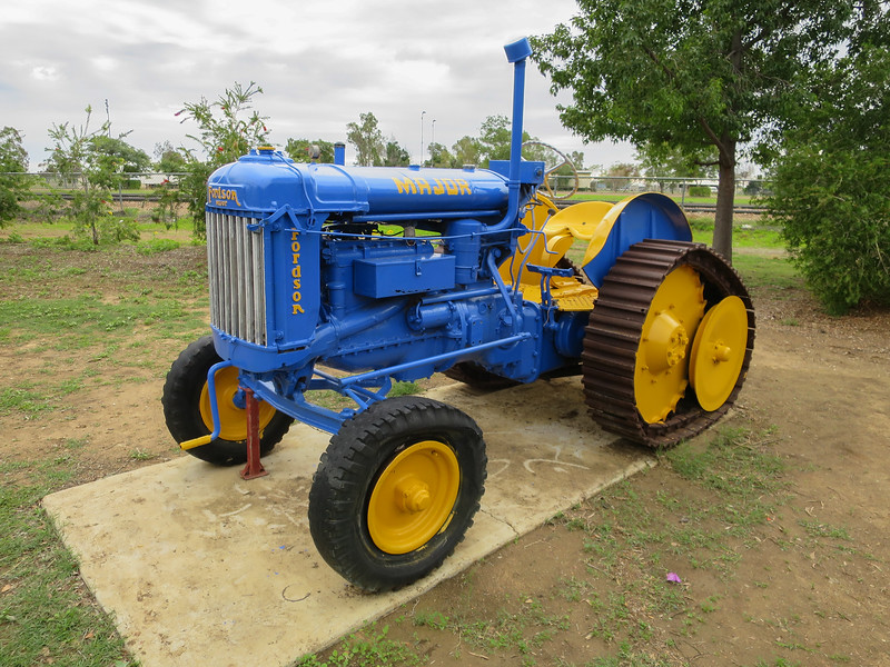 Fordson Major - Ilfracombe, Queensland<br /> Fitted with Roadless Traction Equipment type D.G.4.