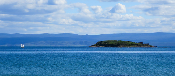 Picnic Island - Coles Bay, Tasmania