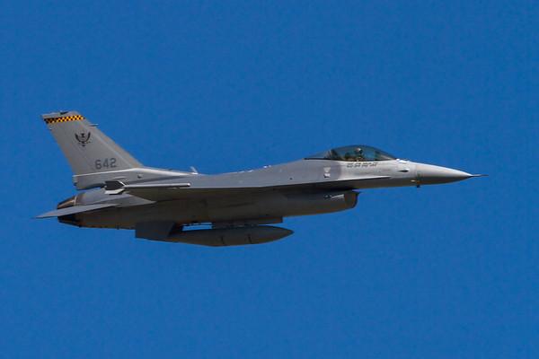 Singapore Air Force Lockheed Martin F-16CJ Fighting Falcon 642 - Avalon, Victoria