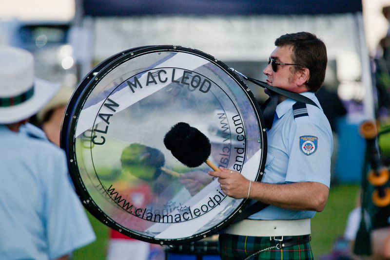 Clan MacLeod Pipe Band: Bass Drummer