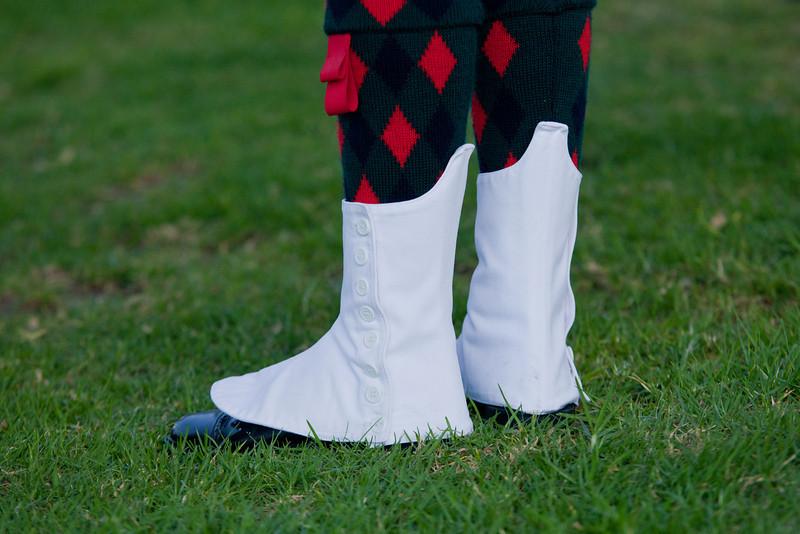 Clan MacLeod Pipe Band: Socks and Spats