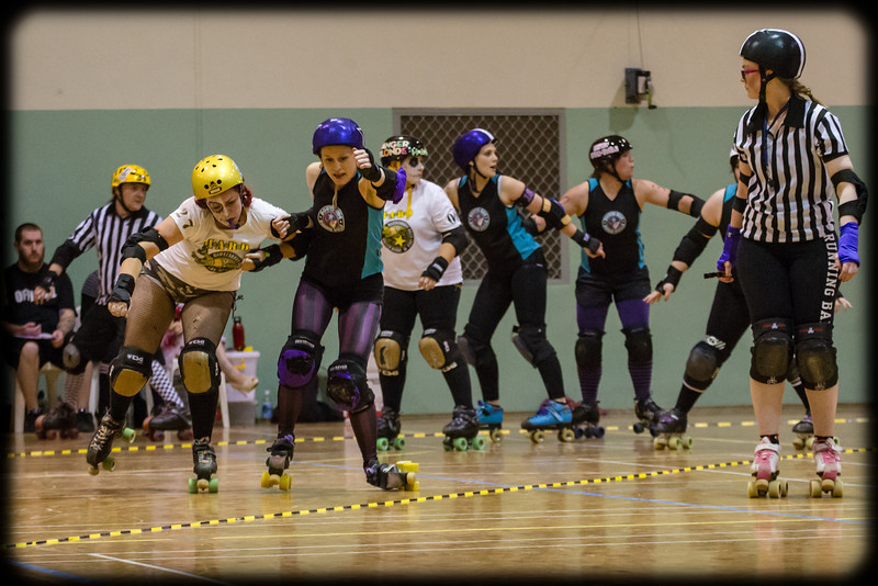 Roller Derby: Bout of the Living Dead (That's Gotta Hurt!)