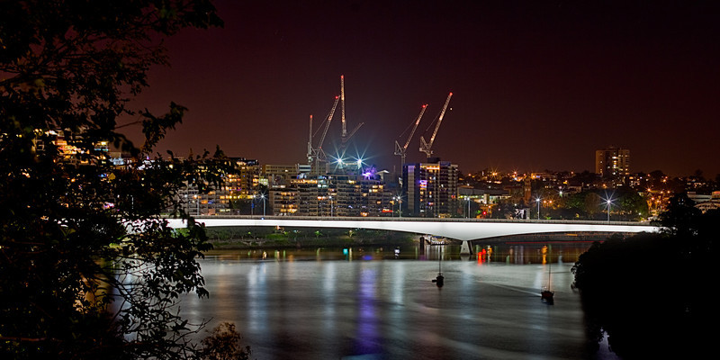 Captain Cook Bridge from Kangaroo Point Cliffs at Night