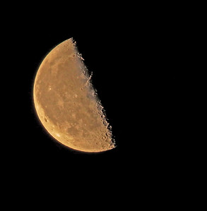 moon_1200mm_zoom_01