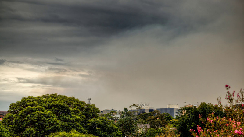 HDR Timelaps Clip of a fire on Sydney's Lower North Shore <font size='-2'>A set of three exposure bracketed images was shot every 10 seconds over a period of about 3 hours. A HDR composite frame was made for each triplet using Photomatix Pro, and these were combined into an HD video clip.</font>