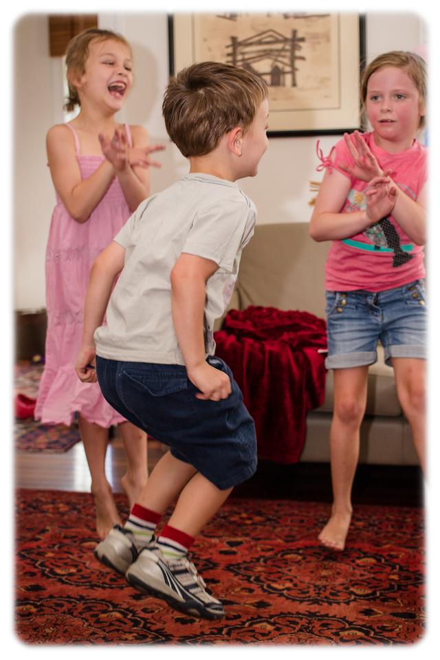 Eleanor Turns 8: Oppan Gangnam Style!!