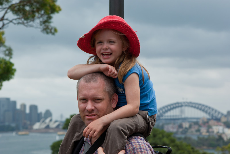 Eleanor and Daddy: Guess where...
