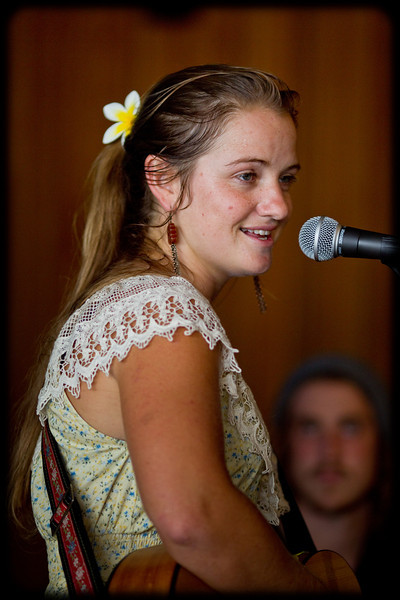 Zoe Elliot & Lincoln Smith @ Murray's in Manly