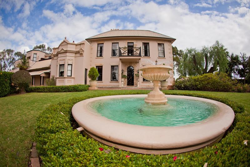 Eschol Park House