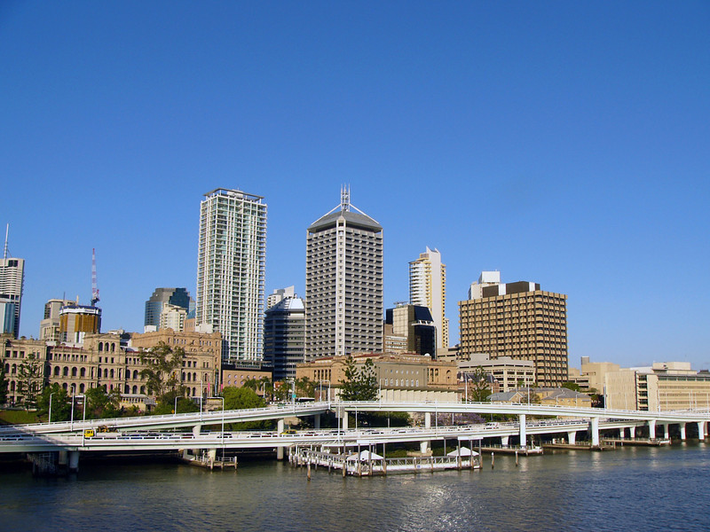 Brisbane City from the Victoria Bridge, with Riverside expressway in the foreground