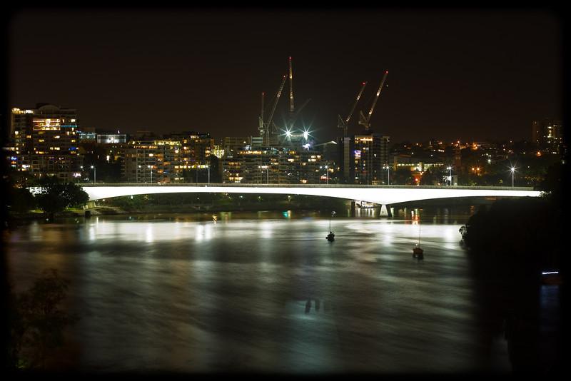 Brisbane CBD from Kangaroo Point CLiffs at Night