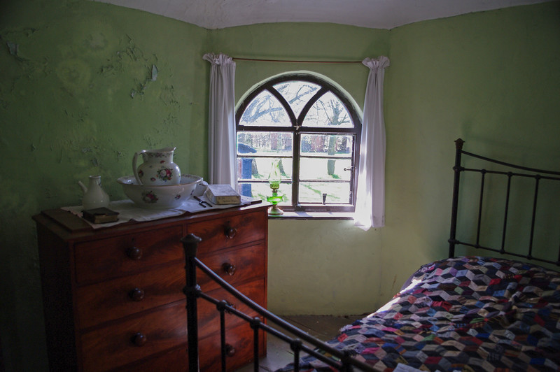 Toll house bedroom.