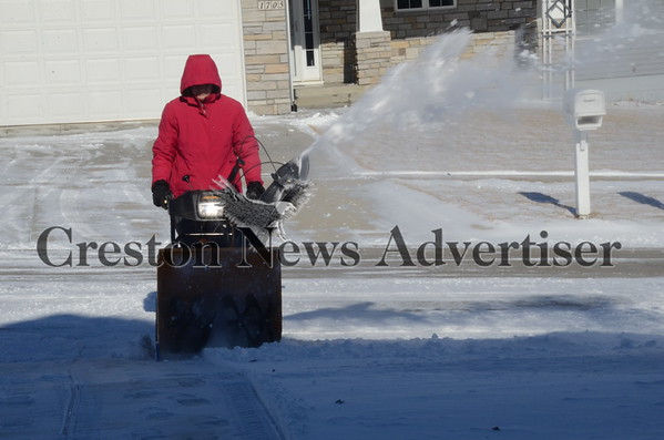 01-05 Snowblower