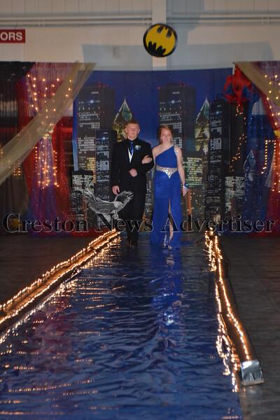 04-17 Orient prom