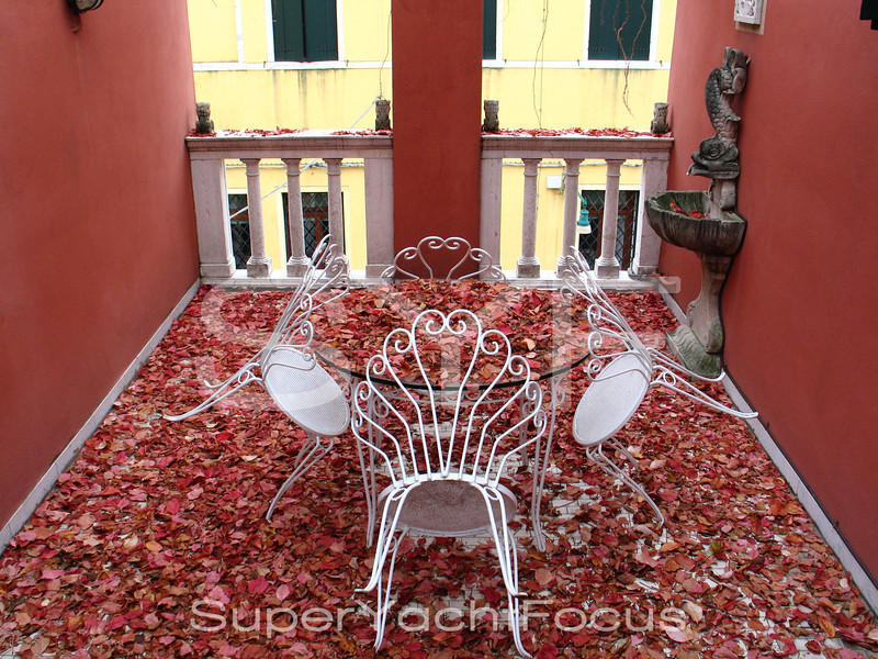 Terrace with autumn leaves,Venice