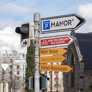 Street sign at the corner of rue du Cendrier and rue du Mont-Blanc