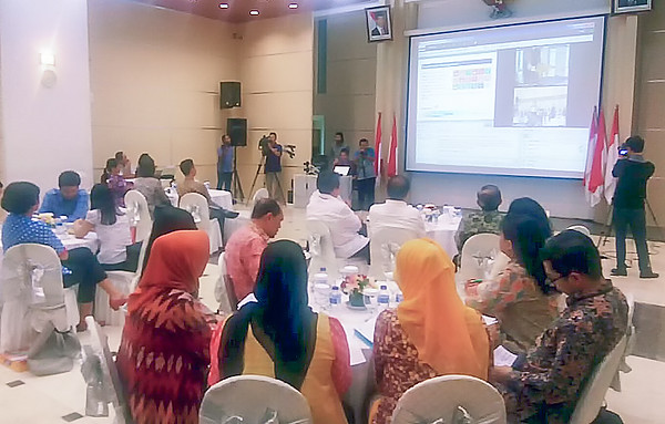 The Jakarta hub during the February briefing on Internet governance, on 23 February. The hub was presided over by Mr Rudiantara, Minister for Information and Communication Technology of the Republic of Indonesia