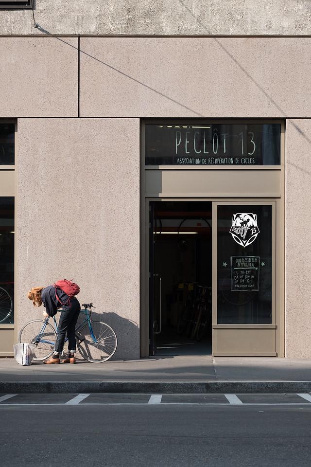 Bicycle repair shop Peclot 13