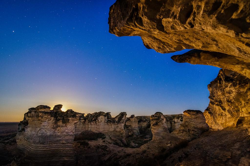 Moonrise in the Badlands