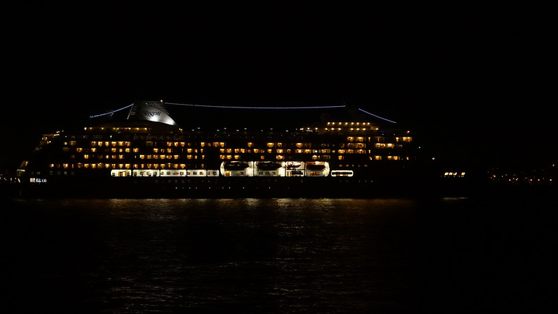 Cruise ship leaving NYC