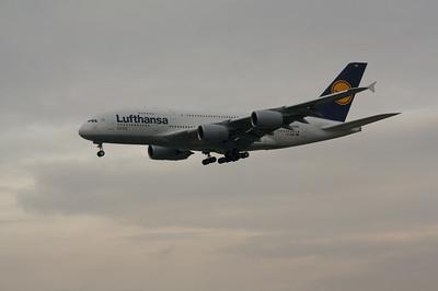 Lufthansa Airbus 380