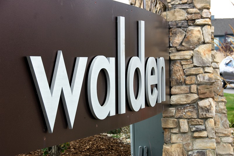 Walden-Entrance Features  029