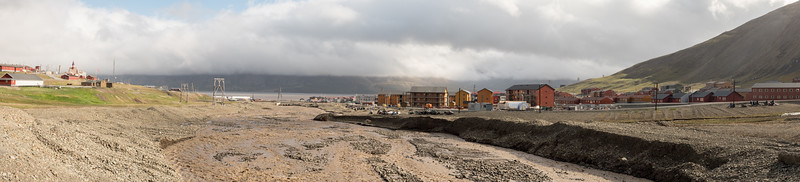 Longyearbyen Looking North Vei 501