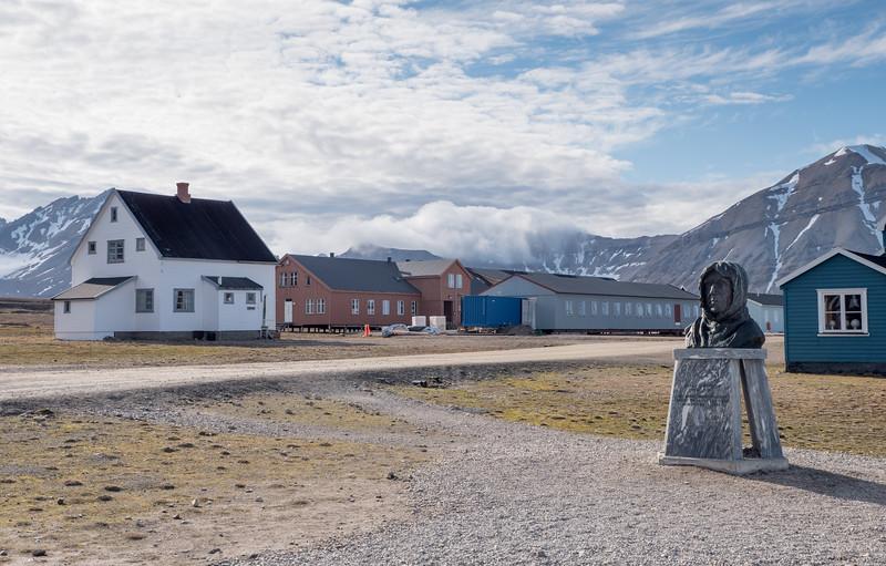 Roald Amundsen Ny-Ålesund