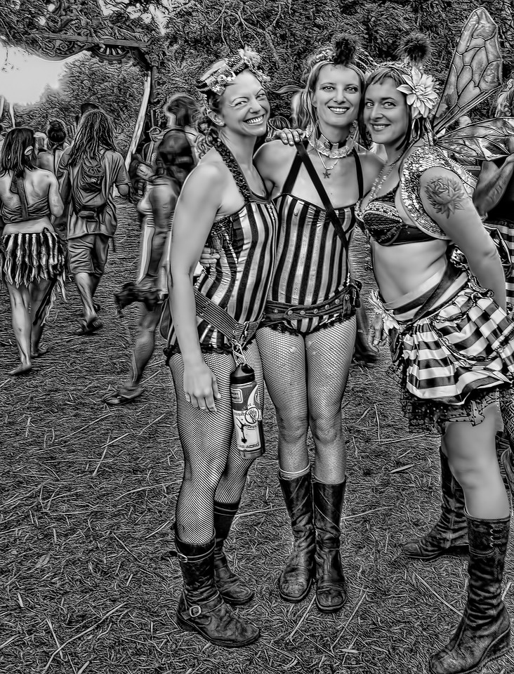 © Geoffrey Squier Silver, All Rights Reserved.  For the exclusive use of the Oregon Country Fair for any non-commercial purpose. Photographer attribution must be provided in every instance.
