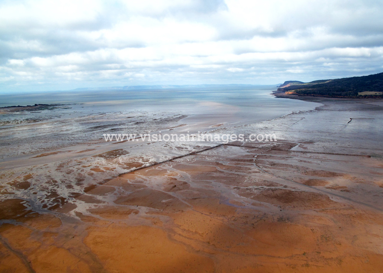 Lower Economy, Weir, Low Tide, Bay of Fundy, Nova Scotia, Canada