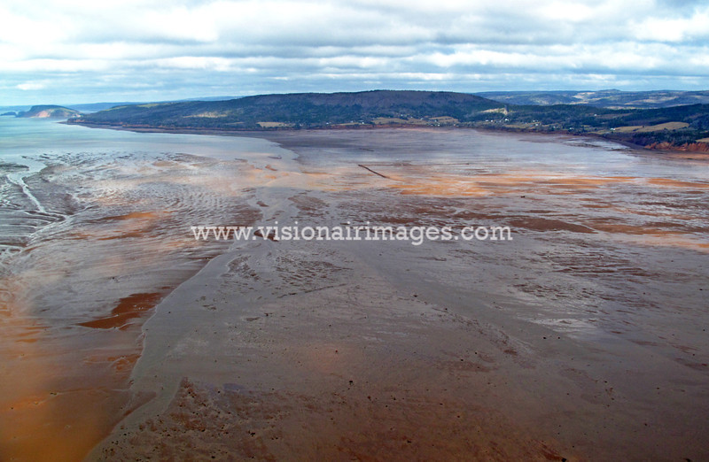 Economy Point, Low Tide, Bay of Fundy, Weir, Bay of Fundy, Nova Scotia, Canada