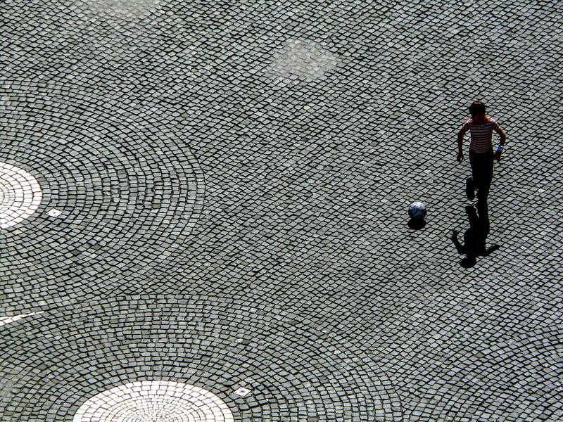 Playing Ball on the Bricks, Augsburg