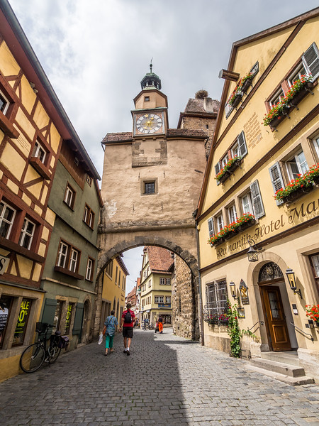 Under the Arch, Rothenburg