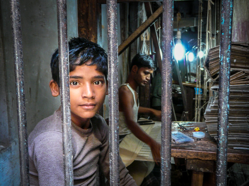 Weaver Boy, Varanasi