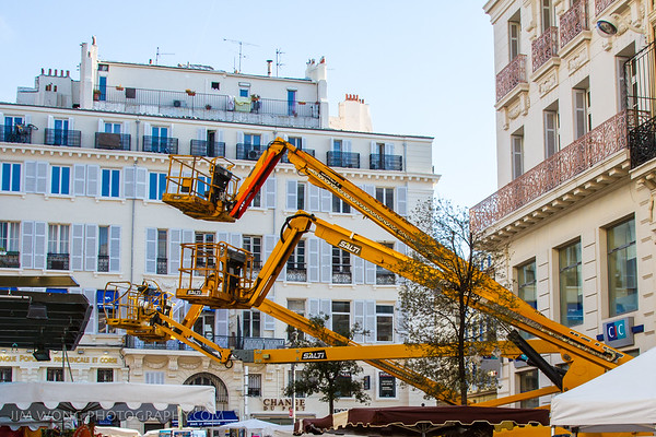Cherry pickers, Marseille