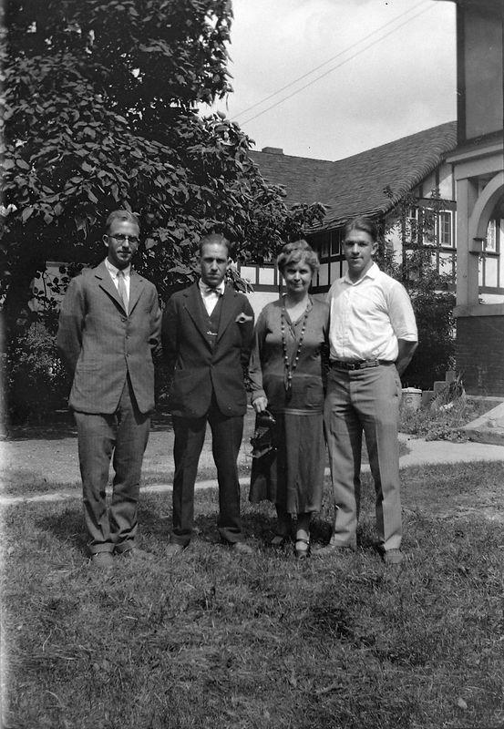 #1 Rowland-Francis-Anna B-George Stebbins 109 N Walnut about 1926