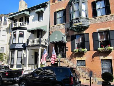 Savannah GA Historic District Trolley and Walking Tour