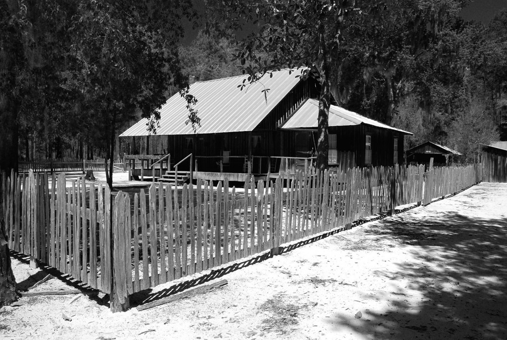 "Chesser Homestead, Okefenokee NWR, Charlton County (GA) April 2008  The Chesser family settled at the edge of the Okefenokee Swamp in the late 1800s. The homestead seen here was built in 1927 and was occupied by Chesser family member until 1958. For more information see here:   <a href=""http://www.fws.gov/okefenokee/chesser.htm"">www.fws.gov/okefenokee/chesser.htm</a>"