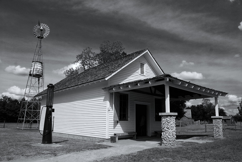 General store at the Jimmy Carter Boyhood Farm near Plains, GA (Sumter County) April 2008<br /> <br /> Earl Carter's store adjacent to the home sold canned goods, coffee, kerosene, soap, lard, tobacco, overalls, shoes, flour, castor oil and syrup as well as meat and sausages that had been cured in the smokehouse.